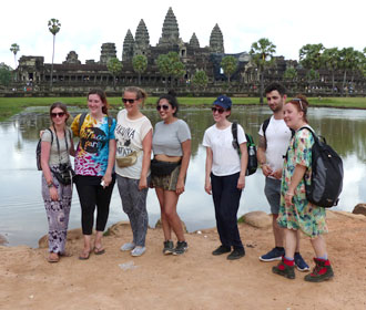 volunteer travel cambodia angkor wat