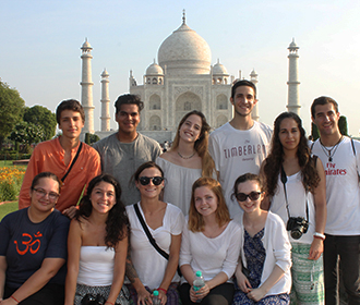 volunteers visiting famous Taj Mahal in India
