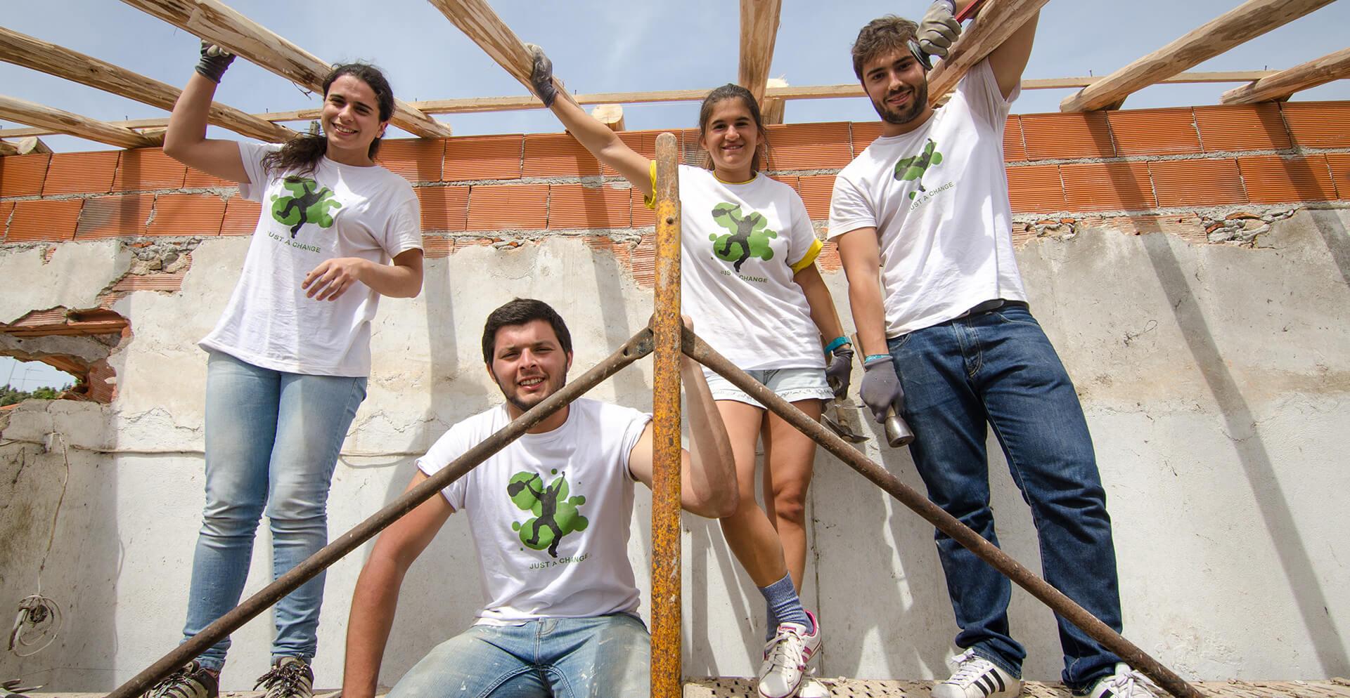 Construção e Construção de Projetos Voluntários no Exterior