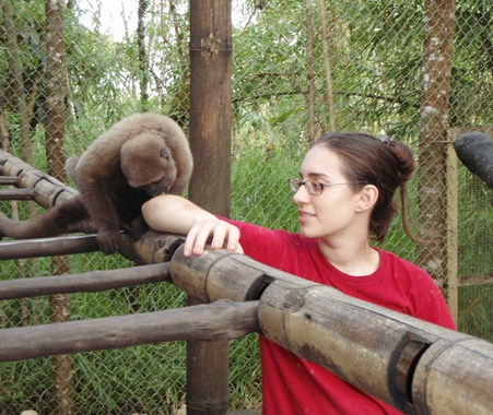 Volunteer in Amazon Animal Rescue Center