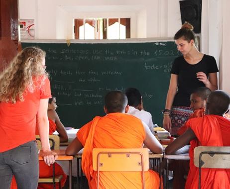Programa de Voluntarios de Enseñanza de Monjes Budistas