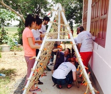 Renovación de la escuela experiencia voluntaria Tailandia