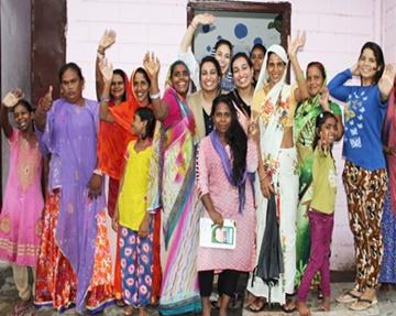 Programa de empoderamiento de mujeres y educación de niñas en Jaipur