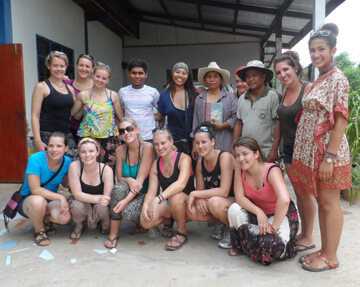 Volunteer Abroad in a Group - VolSol Groups