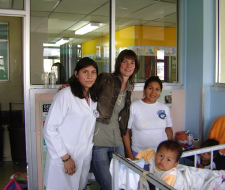 Voluntariado Infantil no Equador no Hospital Infantil