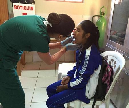 Pasantía optativa dental Perú