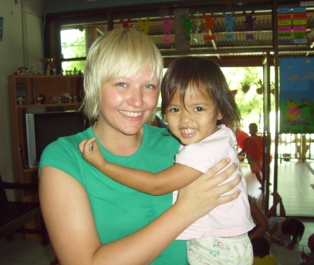 Volunteer With Children in Chiang Mai - Thailand