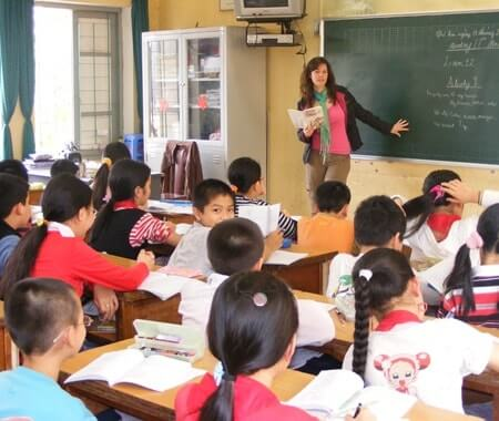 Volunteer Teaching Program in Vietnam