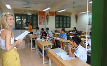 Programa de ensino voluntário no Vietnã