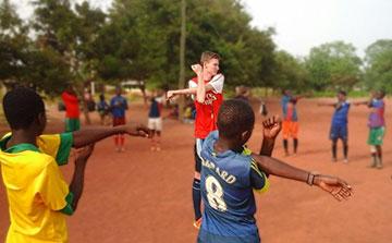 Voluntariado Esportivo em Gana | Treinamento de Futebol