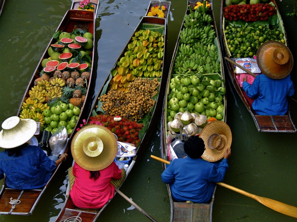 Damnoen Saduak Floating Market Half Day Joining Tour