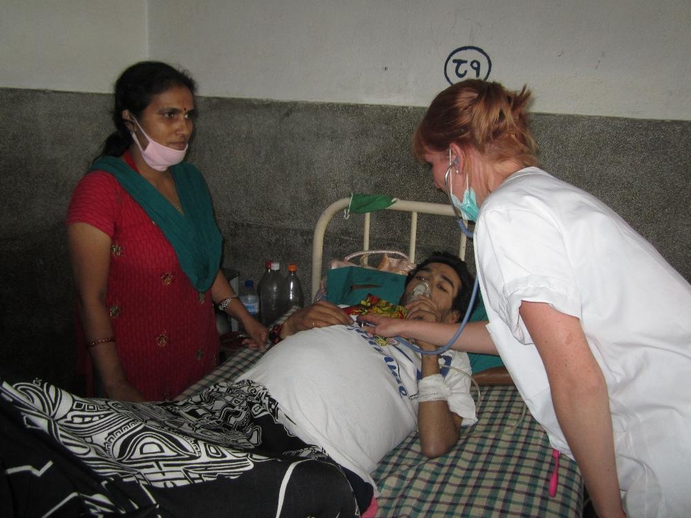 Medical volunteer work at hospital in Nepal