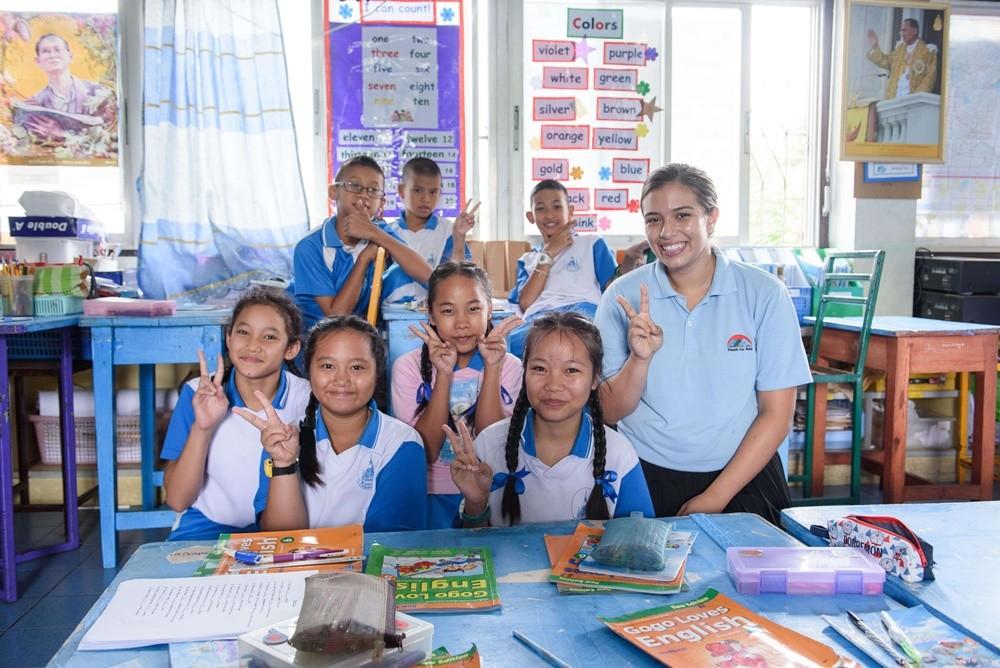 Volunteer Teaching English in Bangkok Thailand