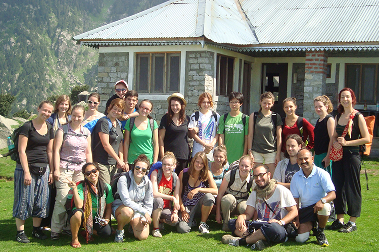 Student group during their trekking excursion in Dharamsala, in the Himalayas in India>