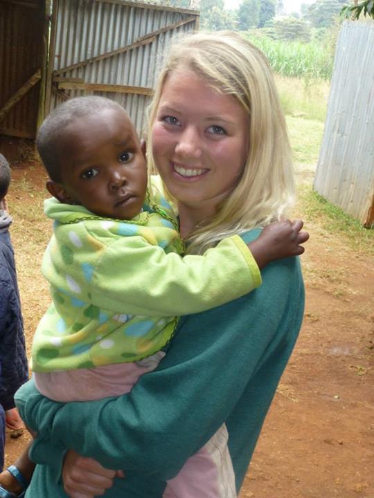 Volunteer in Kenya with VolSol