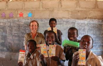 volunteering work in kenya