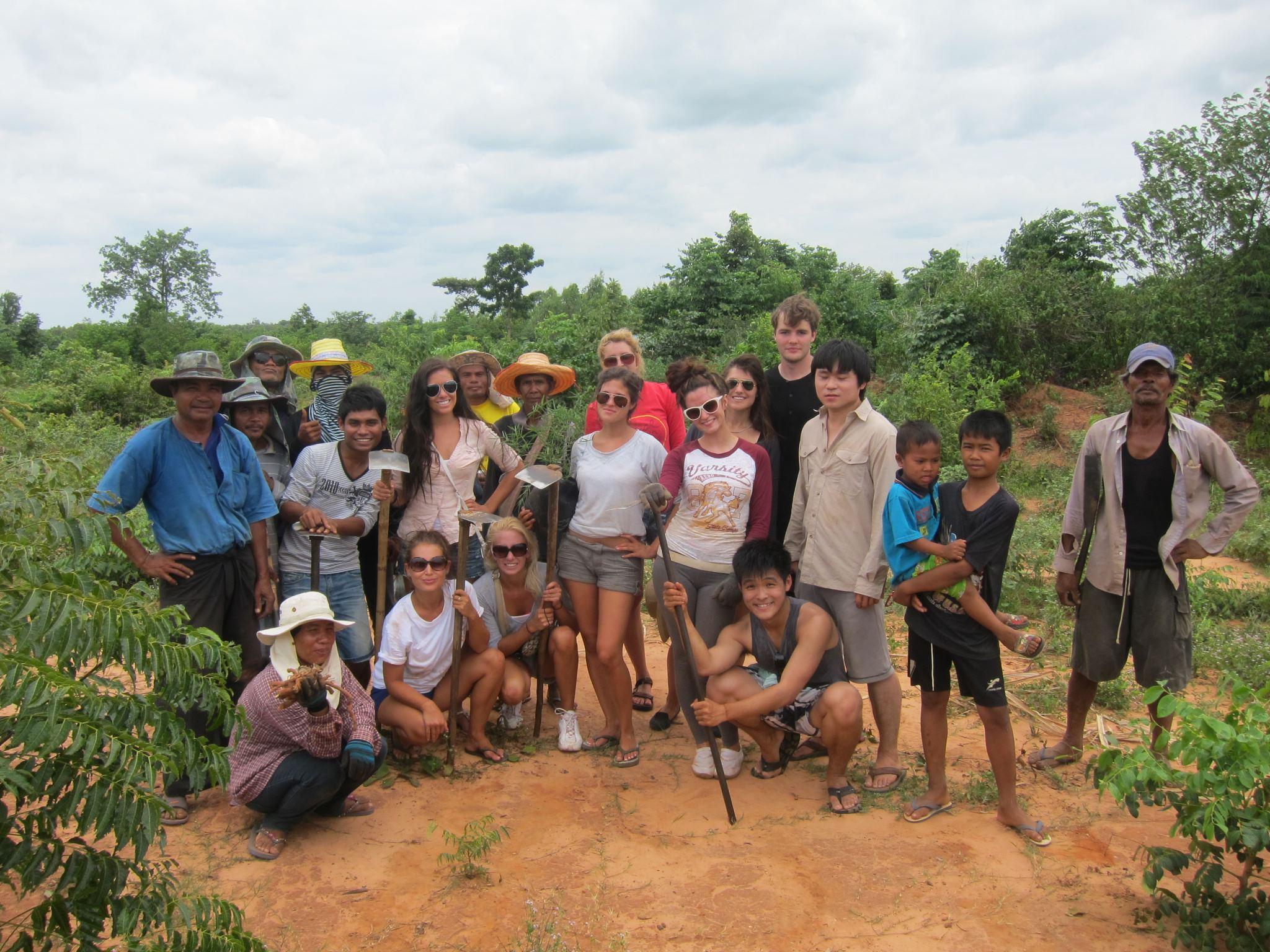 Teenager volunteering programs