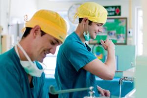 volunteer at hospital in thailand
