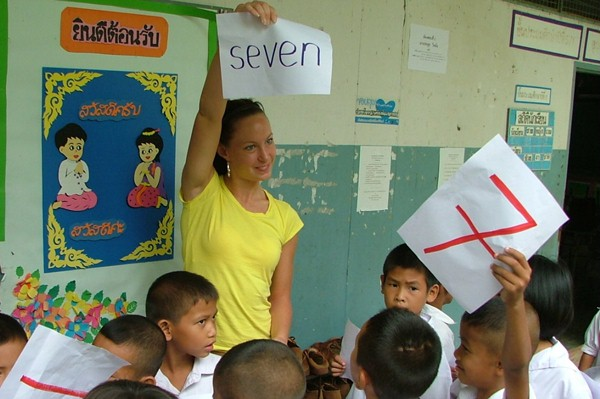 volunteer teaching program in Surin, Thailand