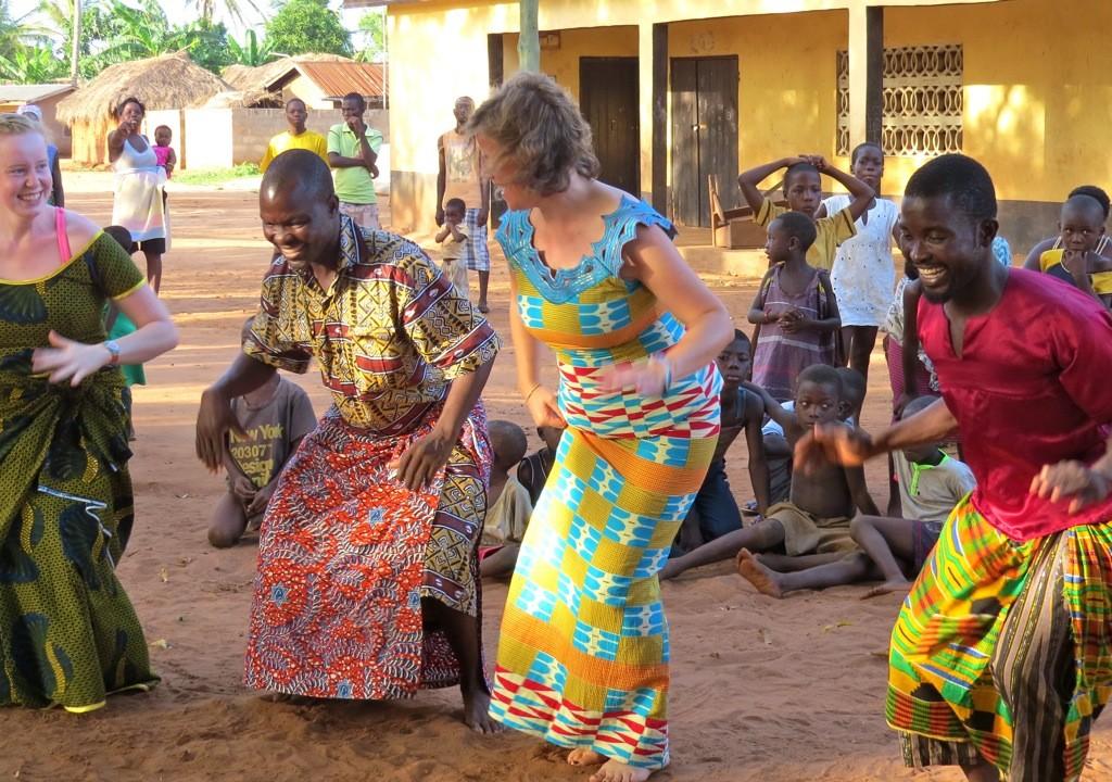 dancing lesson in Ghana