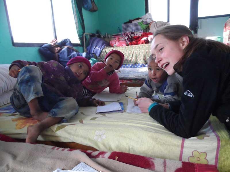 childcare-volunteer-work-in-Nepal