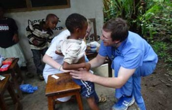 medical-volunteering-in-Tanzania-Arusha