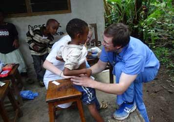 medical-volunteering-in-Tanzania-Arusha