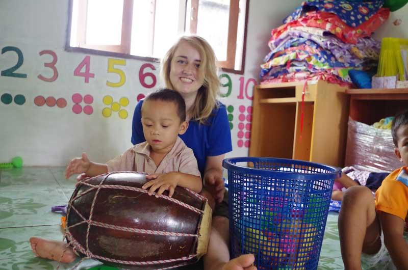 Childcare-volunteer-work-abroad-with-volunteering-solutions