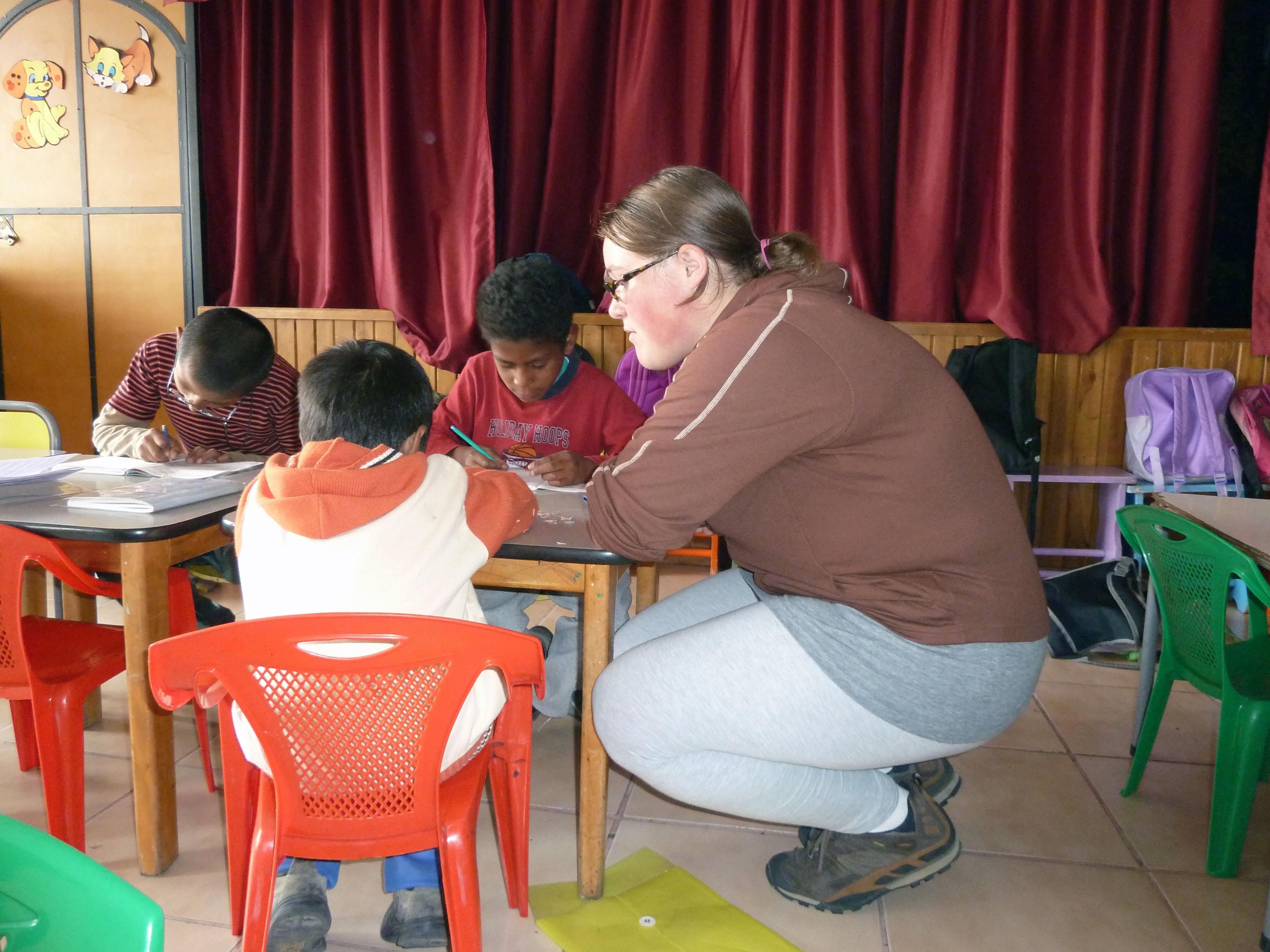 volunteer teaching in ecuador