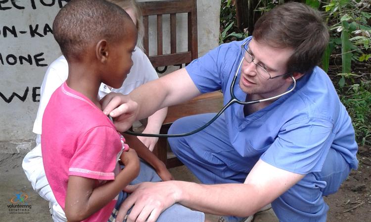 medical-volunteering-in-Tanzania-with-volunteering-solutions
