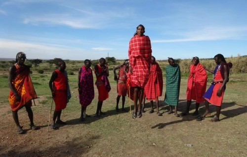 volunteer with masai tribes in Kenya