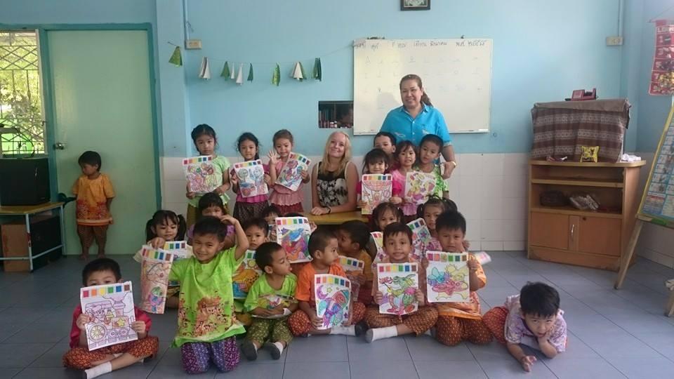 teaching volunteering in Thailand