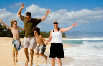 Best Volunteer Abroad Destinations For Families On A Shoestring Budget