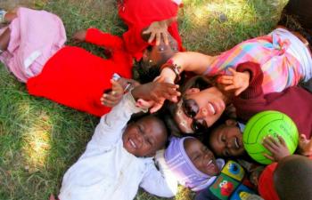 Volunteer Abroad Programs For 17 Years Old | Teen Volunteering
