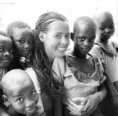 Girl-education-volunteer-work-in-Ghana-with-VolSol