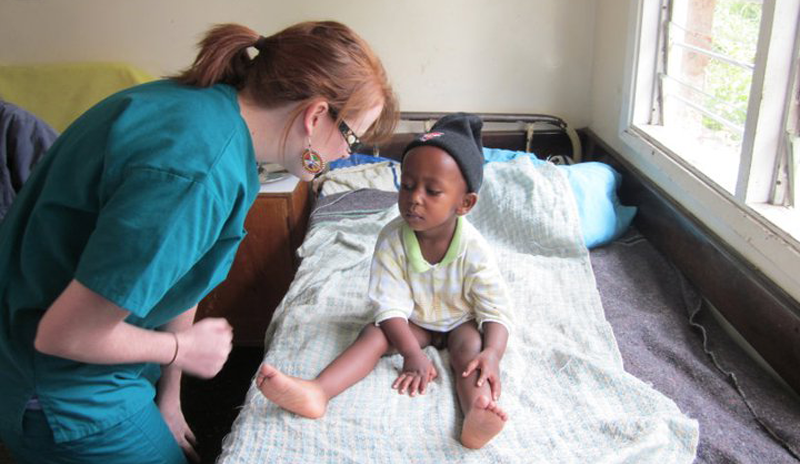 healthcare-work-in-Kenya-volunteering