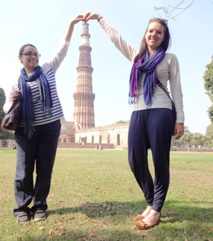 volunteers at Qutubminar Delhi