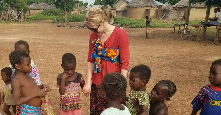 Why Is It Necessary To Volunteer Abroad Through An Organization?