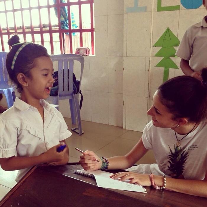 teaching volunteering in cambodia