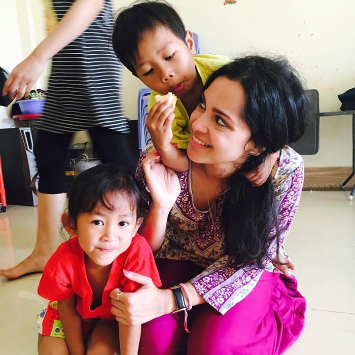 volunteering in Cambodia with kids