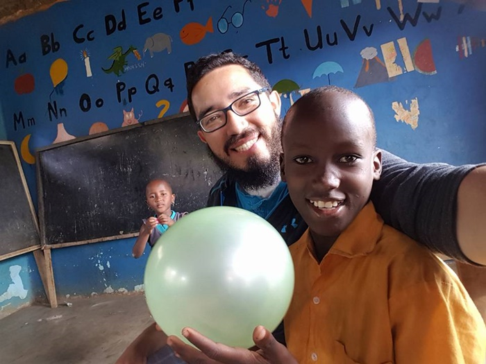 volunteer teaching in Arusha Tanzania