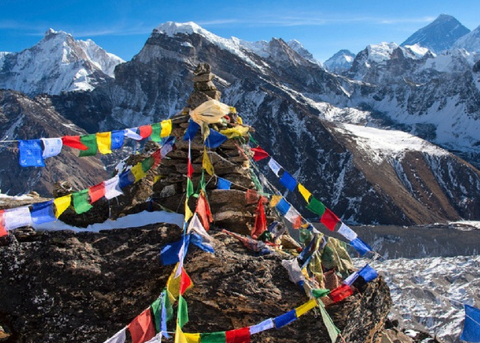 Nepal volunteer travel