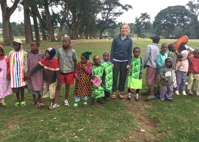 Tanzania volunteering with kids