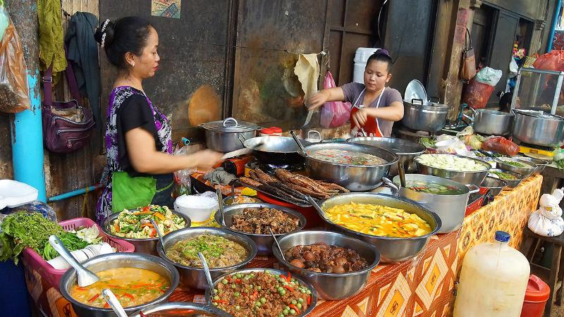 markets, affordable prices, and delicious food cambodia