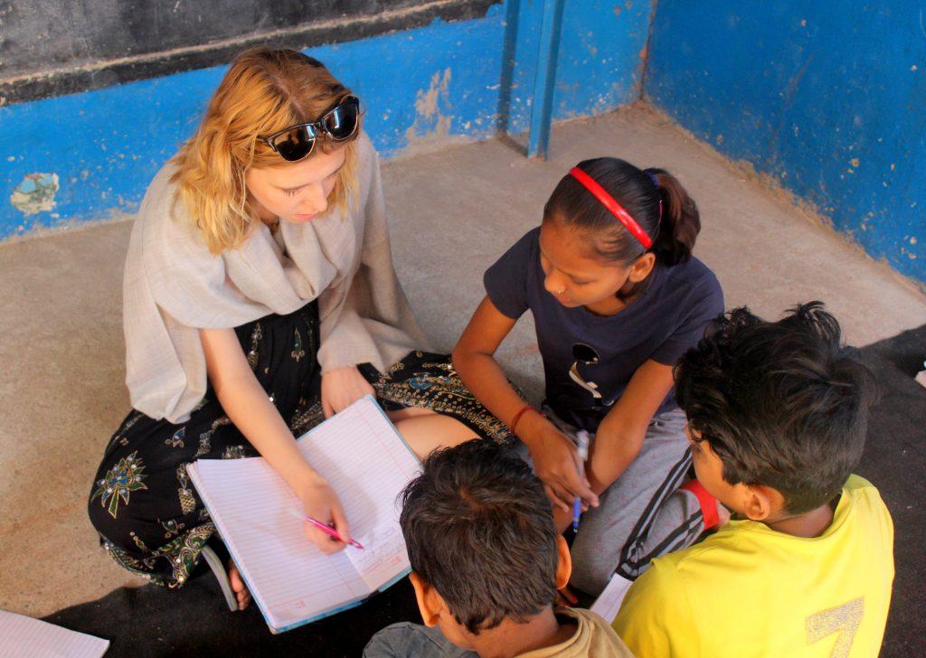 teaching volunteering abroad