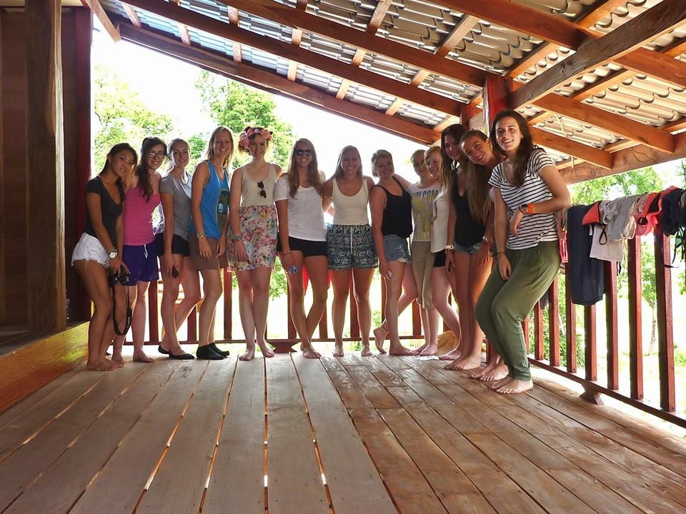 Volunteer House In Surin