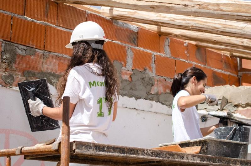community work portugal